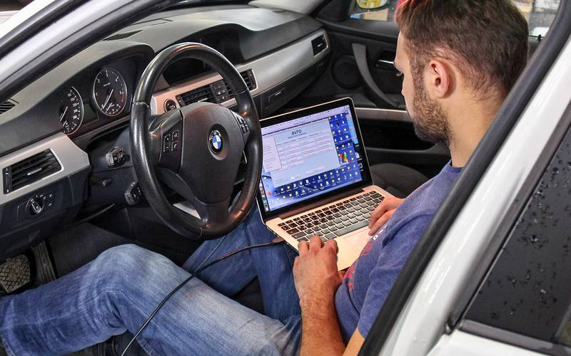 Test ordinateur véhicule